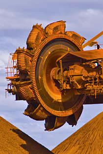 Kaydon Bearings - markets - mining - iron ore mining site reclaimer