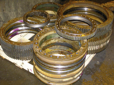 Kaydon bearing remanufacturing program: repairability assessment